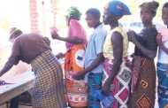 1020 hunger-stricken families in Nsanje get aid