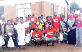 Group donates to Wumi Foundation