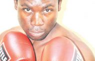 4 boxers to fight in foreign land