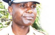 Police officers in over maize smuggle