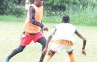 Joseph Kamwendo stays put at Wanderers