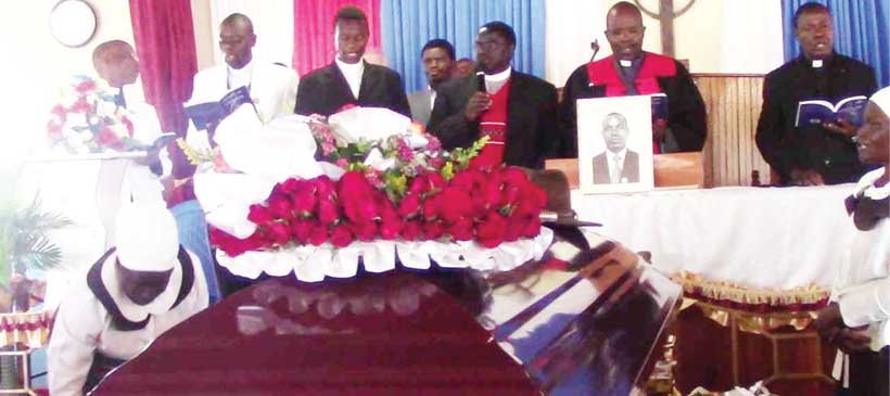Politics dominates Robson Chirwa's funeral