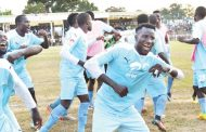 Silver Strikers dislodge Nomads