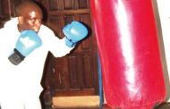 Brian Mwando turn to local trainer