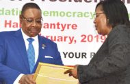 Peter Mutharika confirms candidature