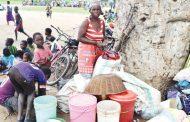 Peter Mutharika visits flood victims