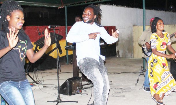 Over 40 shows for Alleluya Band in Italy