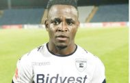 Gabadinho Mhango happy at Wits