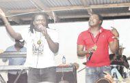 Utsi Tulukanso concert back