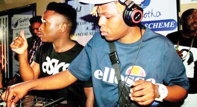 Fifteen brings Distruction Boyz