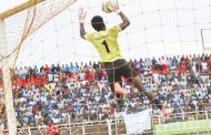 Brighton Munthali, Silver Strikers differ on contract